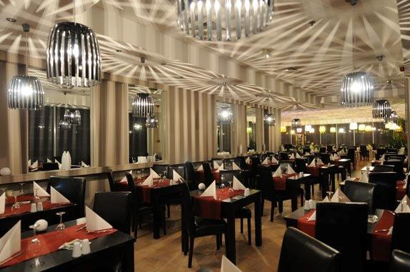 JF & V Sarl Restaurant Pizzeria Am Bann Restaurants, hotels and cafes Pizzeria restaurant